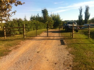 Country Gate 2